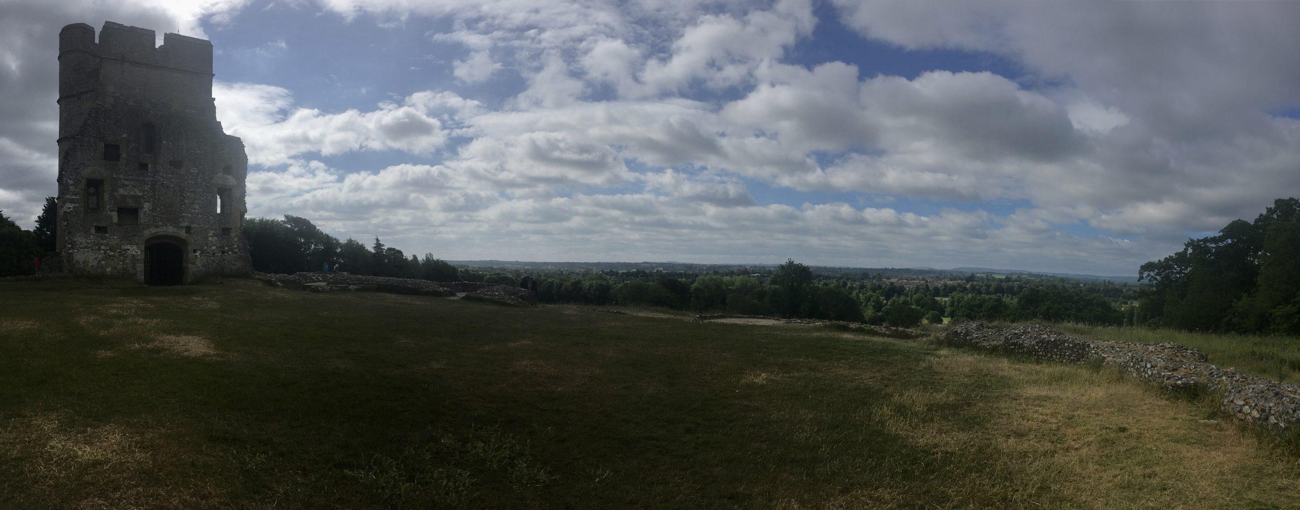 Snelsmore Common, Donnington Castle & Bagnor
